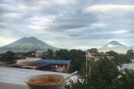 Volcanic View - Panajachel - Lägenhet