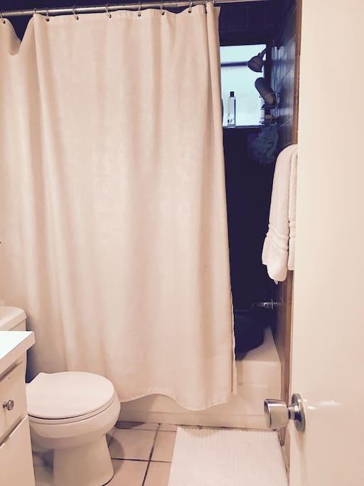 Bathroom (private)