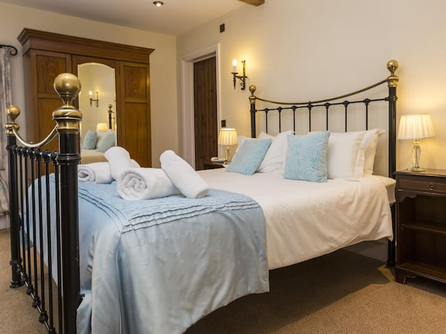 King Sized Double with Ensuite