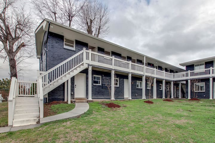 Furnished monthly listing in East Nashville 102