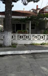A cosy house in Kusadasi, near by the beach - Kuşadası - 独立屋