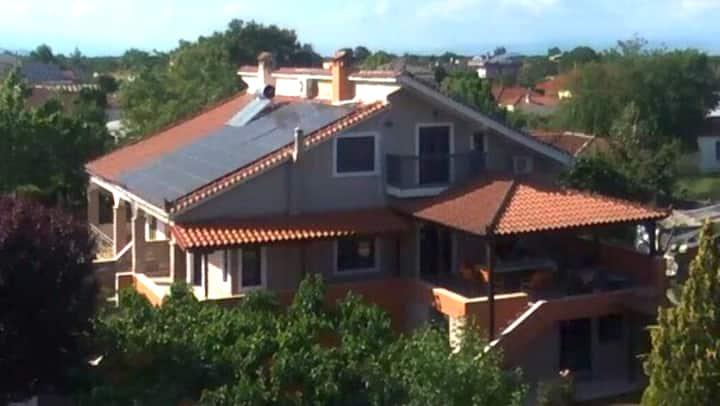 Kapellas House