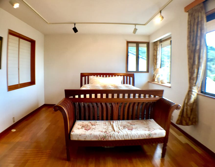 【THE KAMAKURA HOUSE】鎌倉ハウス Bedroom #1/主寝室