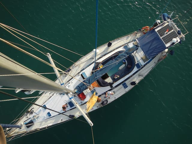 Grand voilier confortable au Marin, Martinique