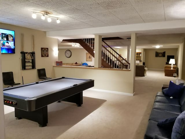 large open areas that has many possibilities with this family room