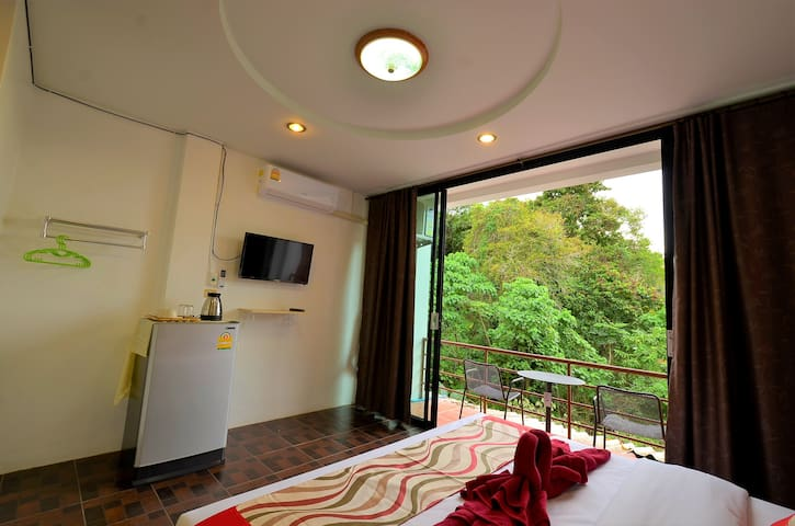 LANTA FRIENDLY HOUSE (double bed)