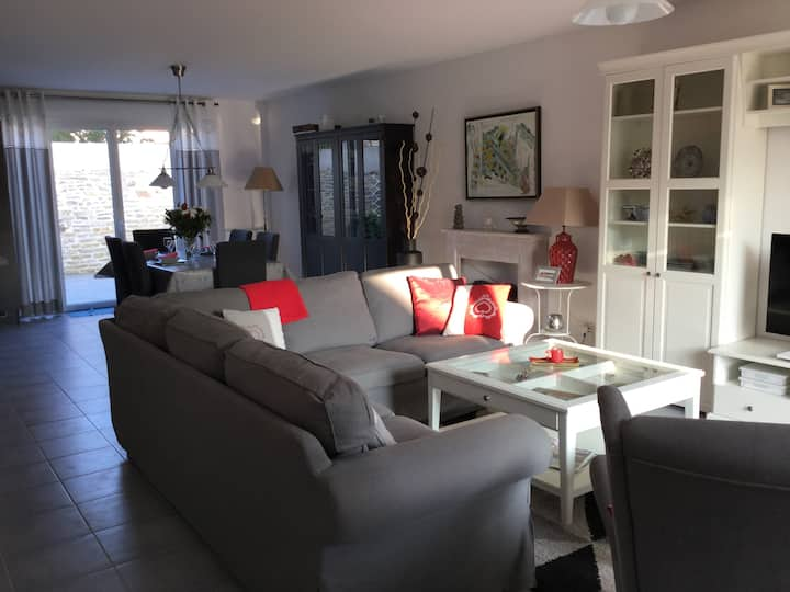 House in Langrune-Sur-Mer 6 p. 2 mn from the beach