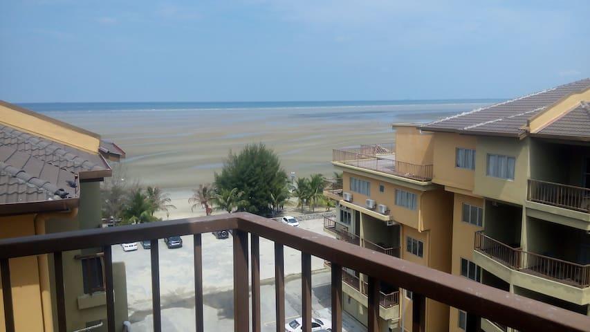 Gold Coast Morib Seaview 2 rooms Aircond Apartment