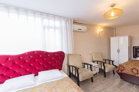 Triple room with sea view and bath - Fatih