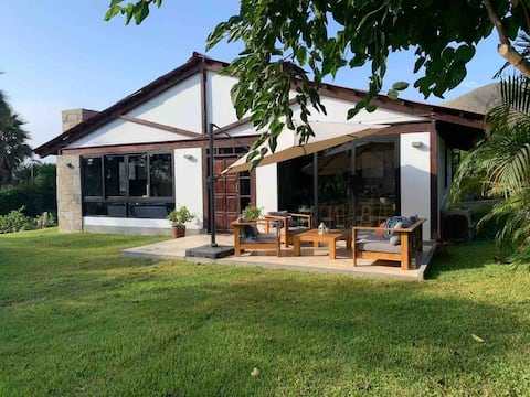 Beautiful boutique country house in Azpitia