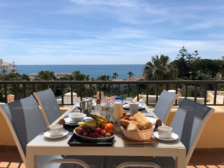 1 Bedroom Club La Costa Resort Panoramic sea view