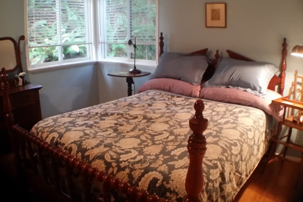 I full-size bed with a posture foam mattress.