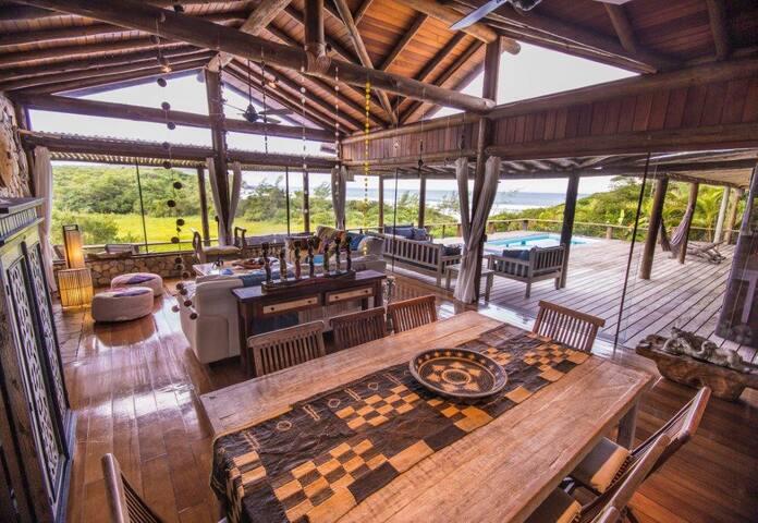 Casa para 10 pessoas, acesso privado Praia do Rosa