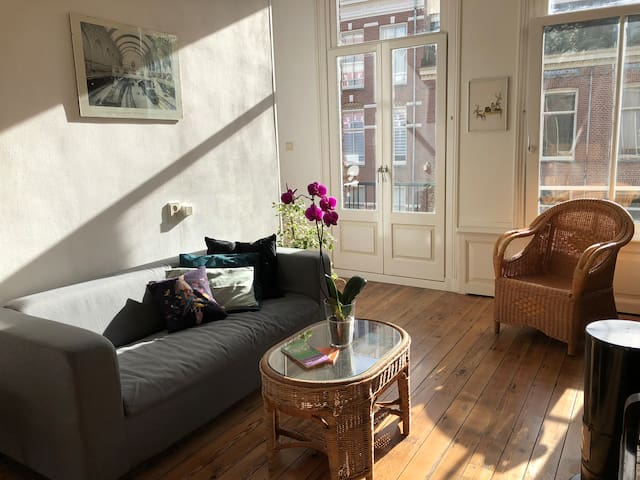Charming, typical bright apartment -  B&B Anne