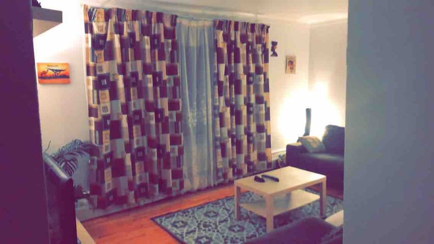 Chambre d'appartement - UdeM/HEC - Sainte Justine