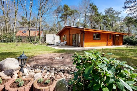 Garden-View Bungalow in Holten near Forest