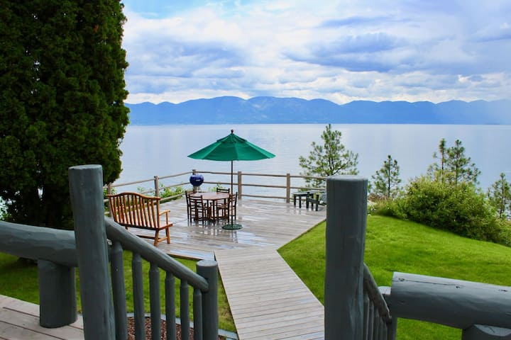 Private Flathead Lake Front Property - The Beautiful Moon Rising Estate