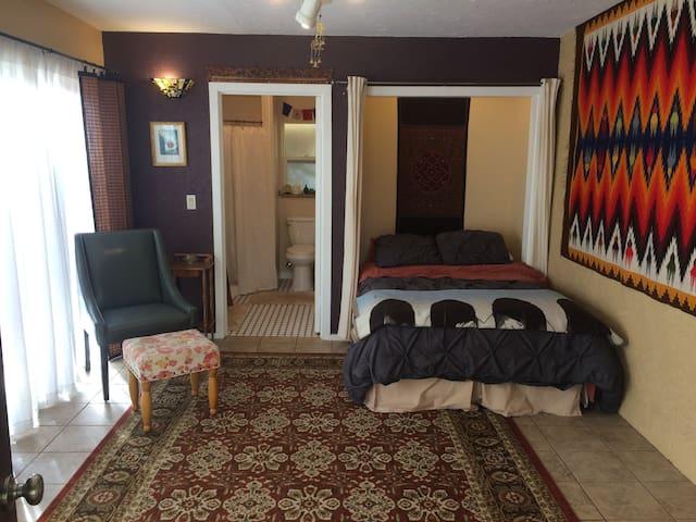 Healing Retreat Temple: Sunroom