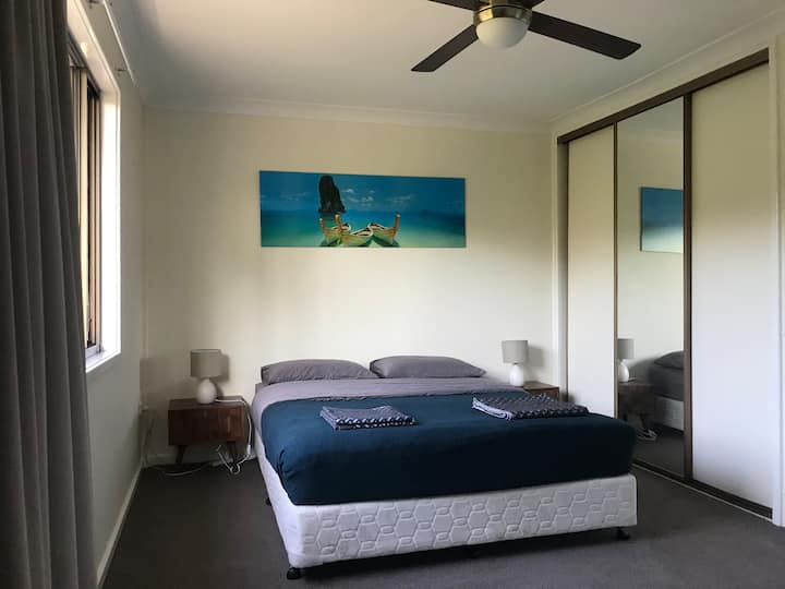 Large Bedroom in Cooks Hill