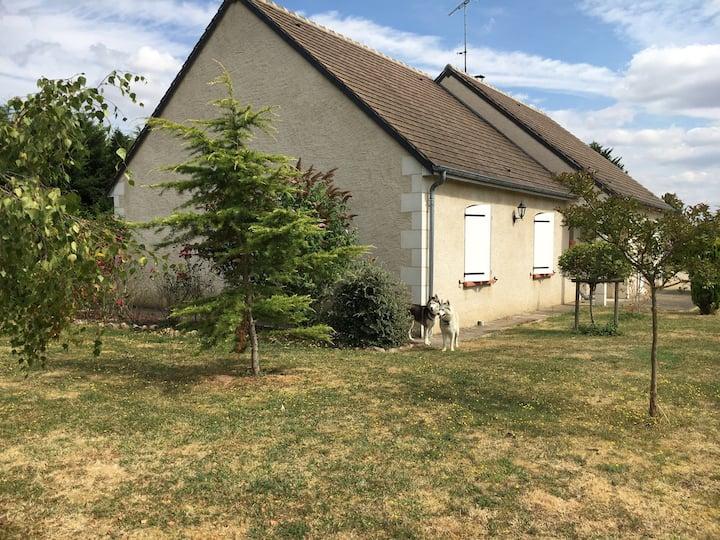 Maison calme proche des Thermes La Roche Posay