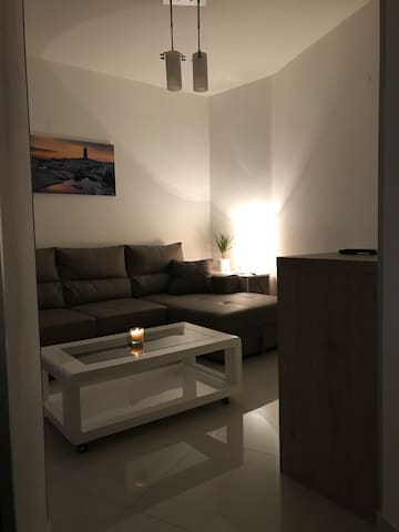 Zara studio apartment II
