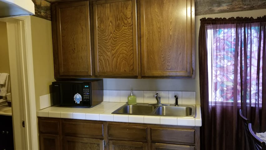 Kitchen with double sink.