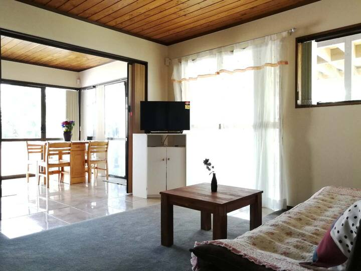 Relax Private 2Bedrooms in Welcome bay!