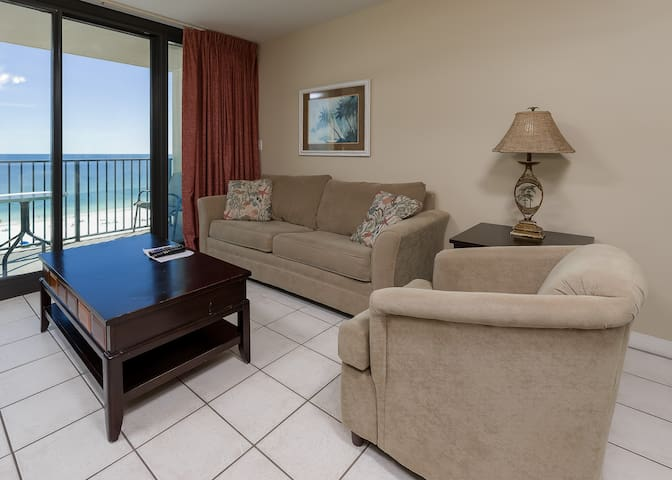Phoenix All Suites Hotel - 802