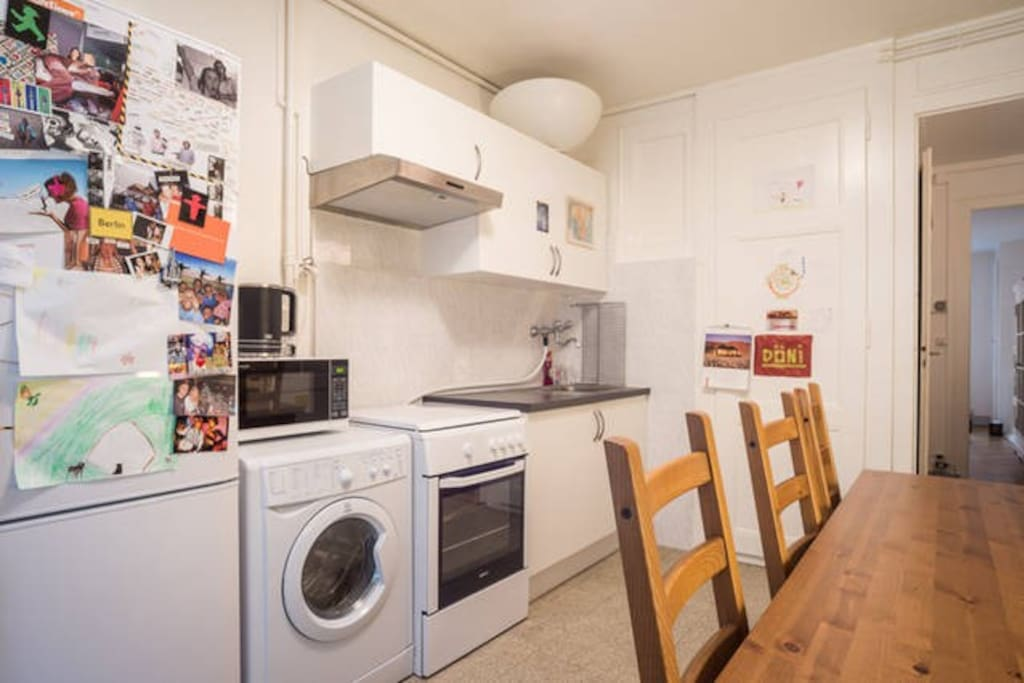 Fully equipped kitchen incl. washing machine / dryer