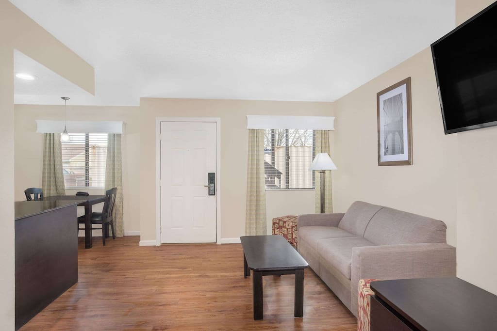 Studio Suites 2 Serviced Apartments For Rent In Manchester Connecticut United States