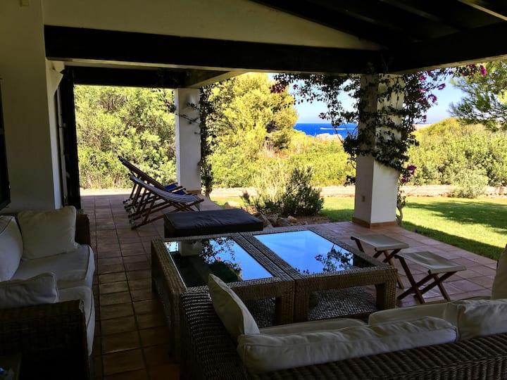 Belle villa, vue mer, 5mn plage