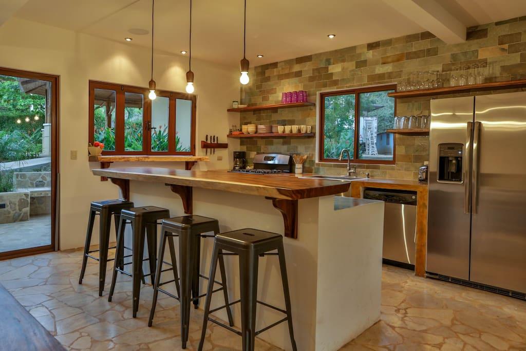 Kitchen and satellite bar
