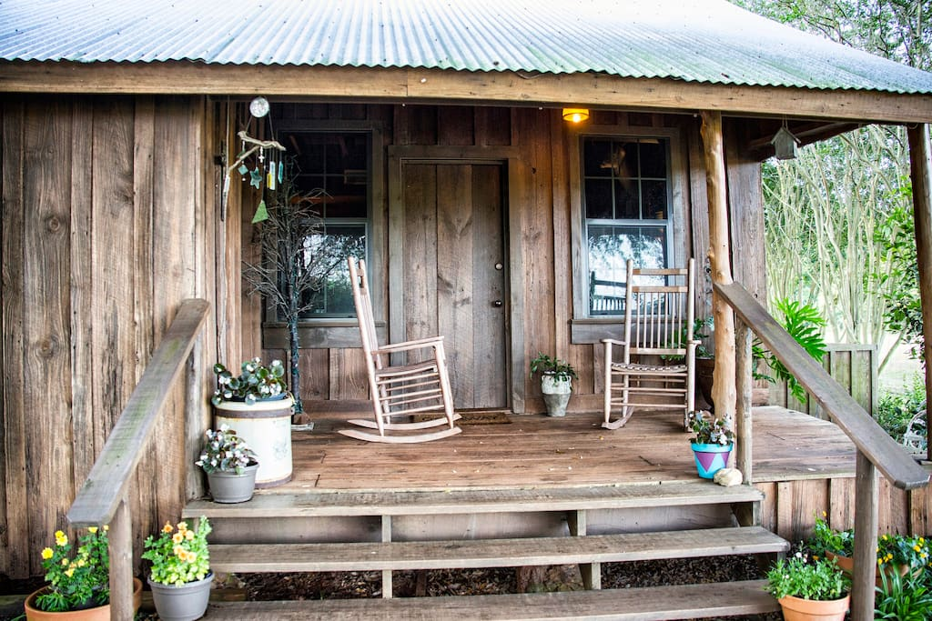 Gus 39 s place rustic cozy cabin in the piney woods Texas cabins in the woods