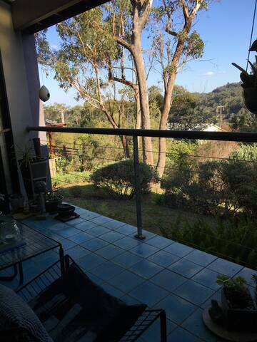 Peaceful retreat with bush views - Wentworth Falls - Casa