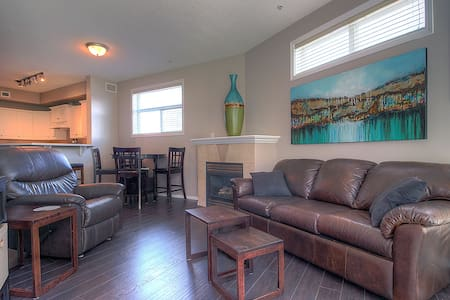 1 Bedroom located at Discovery Bay resort Dowtown! - Kelowna - Condominium