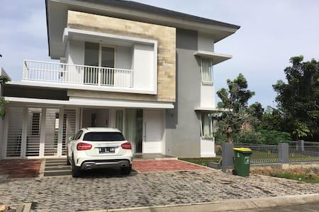 Villa Sentul City-1 hour to Jakarta - โบกอร์