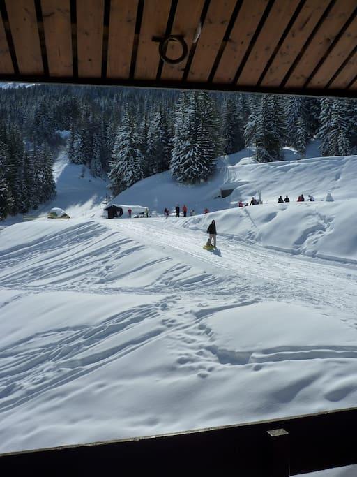 Pistes de ski : moins de 50 m