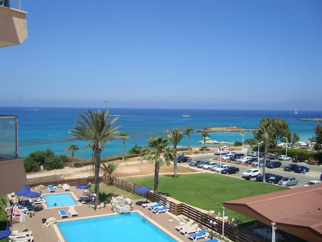 3 Bedroom Fig Tree Bay Apartment