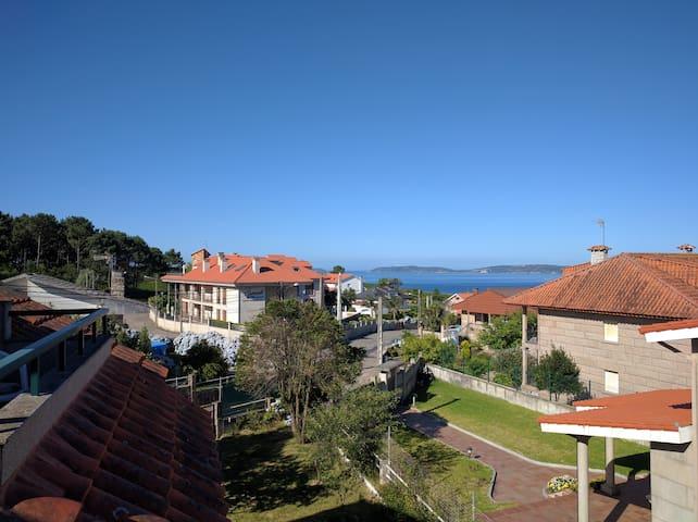 Ático amplio en la playa de Bascuas, Sanxenxo - Sanxenxo - Apartamento