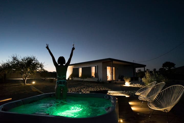 Serenity Escape in Joshua Tree ★ Jacuzzi ★ Sunsets - Yucca Valley - Talo