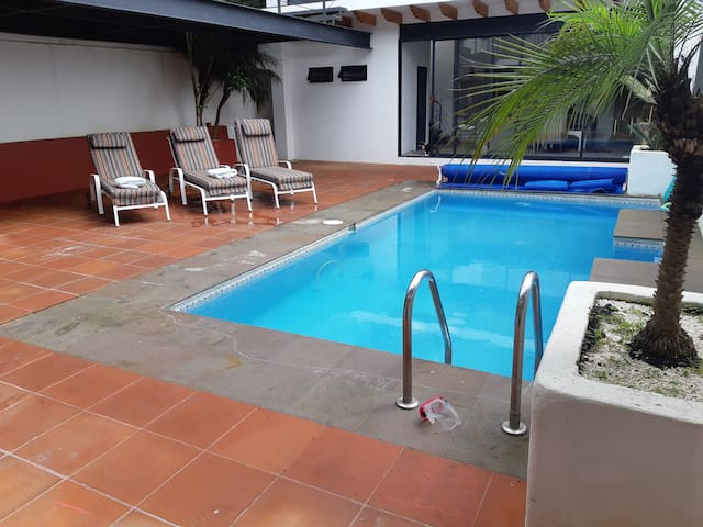 Private appartment and pool 100 m from Zocalo