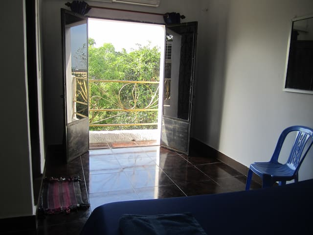 Double Room with Balcony - Krong Preah Sihanouk