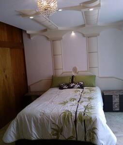 Habitación con acabados de lujo - Tres de Mayo