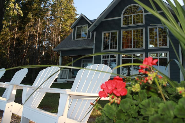 Private Luxurious Trinity House - Kawartha Lakes - Cabin