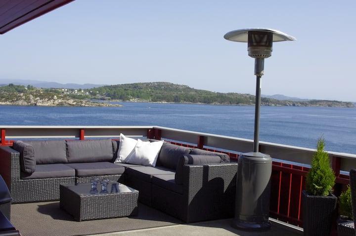 Nice house with a beautiful seaview