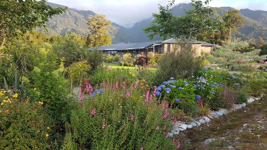 Admire Franz B&B - The Garden Room