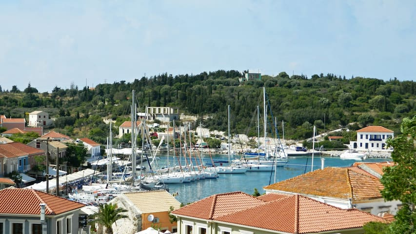 Fiscardo View apartment with Free private boat!