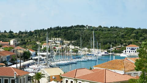 fiscardo view apartment with private boat !
