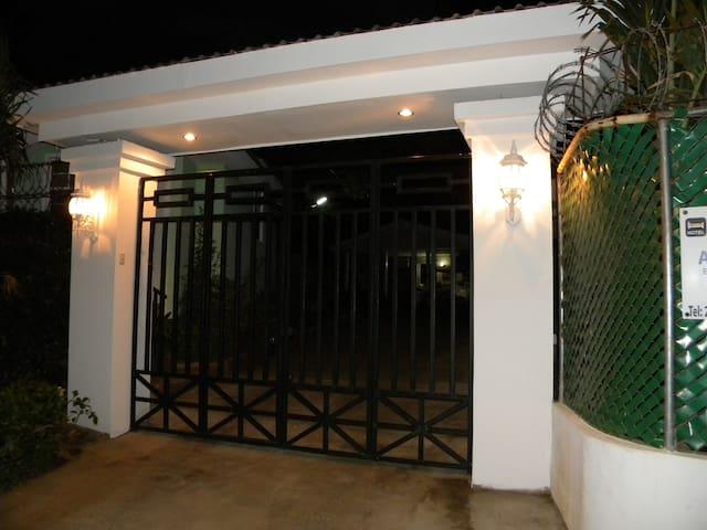 Apartamento Studio Reparto San Juan