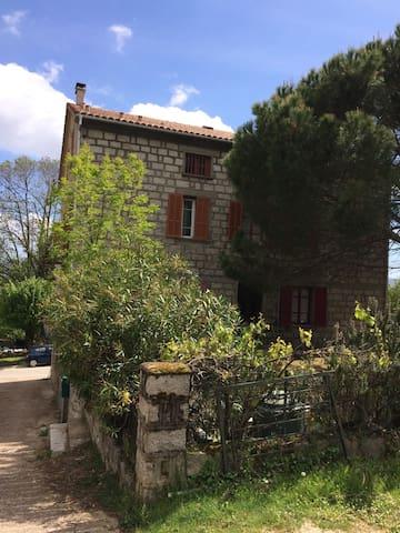 Grand appartement à Quenza